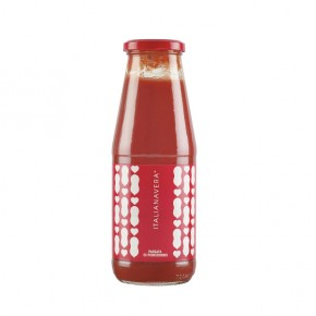 Tomato paste in glass jar 680g